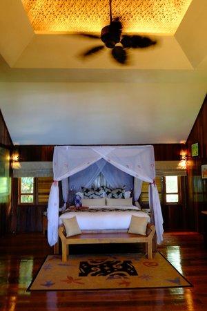 Bunga Raya Island Resort & Spa: Treetop Villa room
