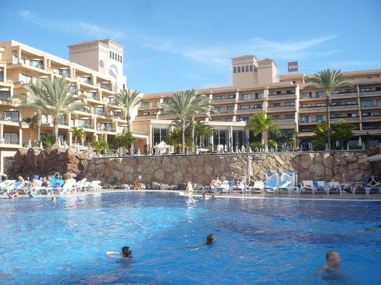 ClubHotel Riu Buena Vista: Niet in schiften en geen vaste plaats nogal rommelig.