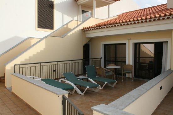 Porto Mare Hotel: Extra stor balkong (som Prestigekund)
