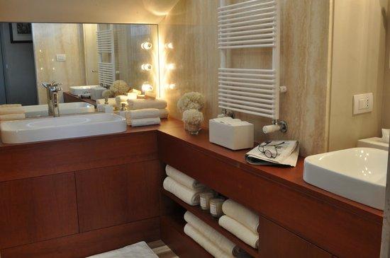 La Scelta di Goethe: Turkish bath,aroma and chromo therapy.