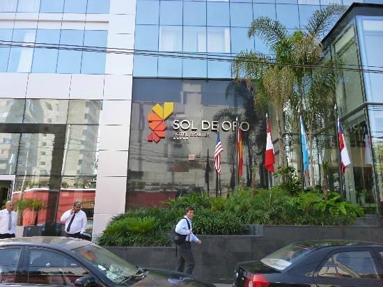 Sol de Oro Hotel & Suites: Hotel main entrance