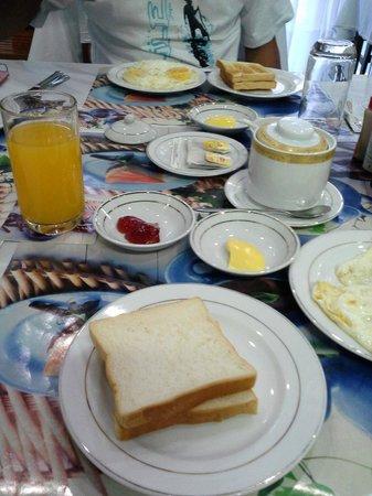 Eastern Hotel: Breakfast