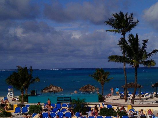 Breezes Resort & Spa Bahamas: View of ocean