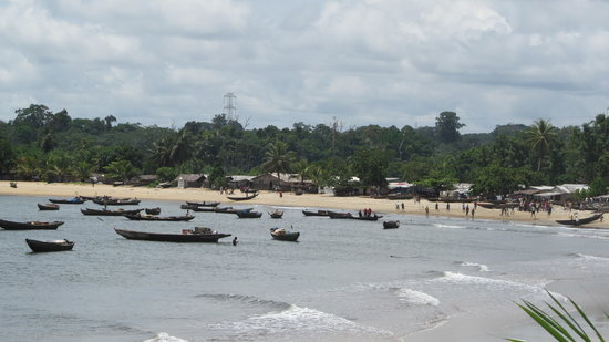 Kribi, Cameroon: pêcheurs