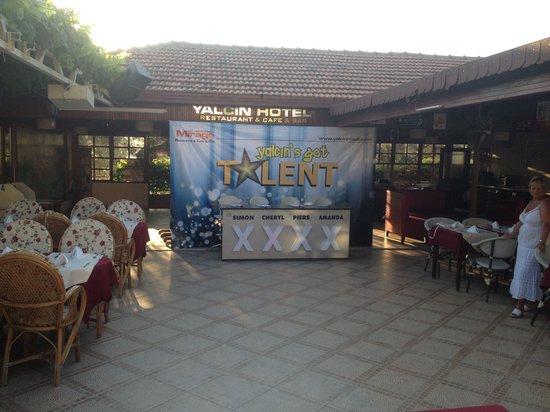 Yalcin Hotel: Yalcin's got talent contest