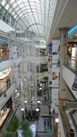 Alto Las Condes: Die Mall mit Weihnachtsschmuck