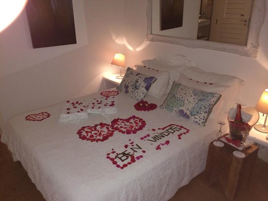 The Chili Beach Boutique Hotel & Resort: The bed when we arrived