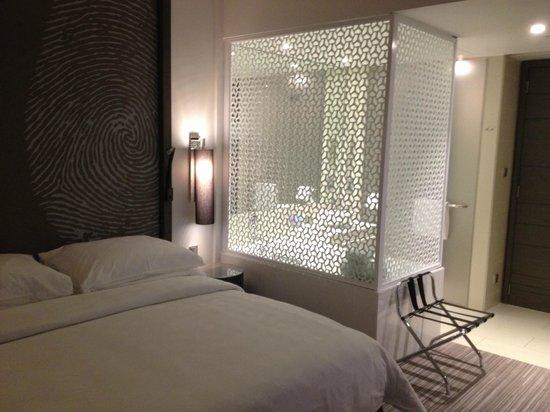 Vida Downtown Dubai: bed