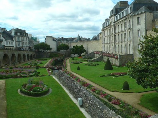 Jardin des Remparts: Vannes: Francia: vicino al fossato