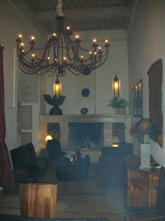 Riad Anyssates : The cosy lounge area