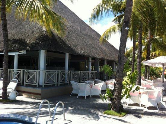Merville Beach Hotel: le bar