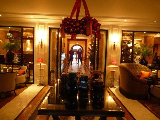 Hotel Sacher Salzburg: Lounge / Reception