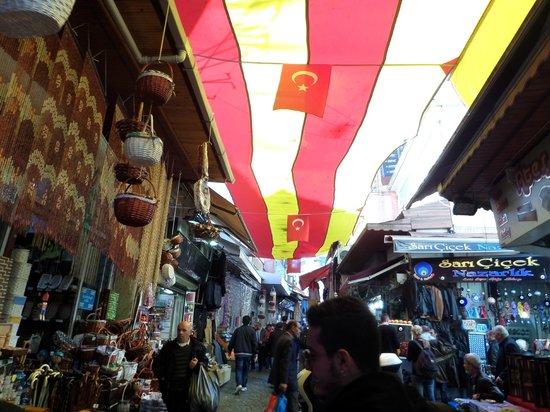 True Blue Tours - Day Tours: Walking through a Turkish Market