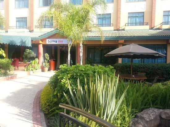 Boma Inn Nairobi: Binnentuin