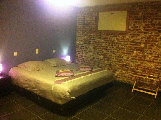 B&B De Kiezel: Le lit d'1m80