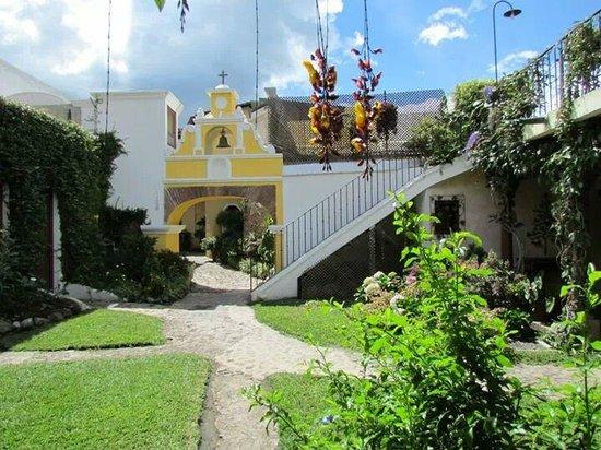 Hotel Los Pasos: Pátio interno