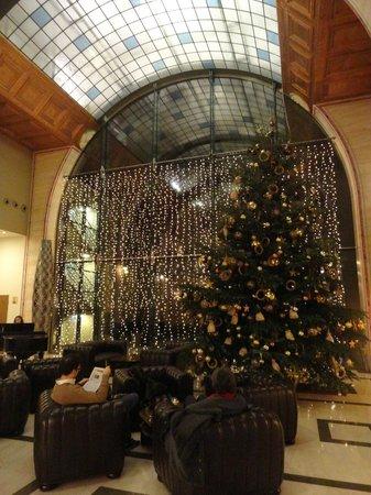 Continental Hotel Budapest: la hall