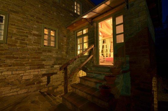 Papaevangelou Hotel: Εισοδος δωματιου