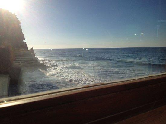 Restaurante Azenhas do Mar: Vistas desde el comedor ;-)