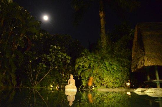 Pondok Sari Beach Bungalow Resort & Spa: Relax