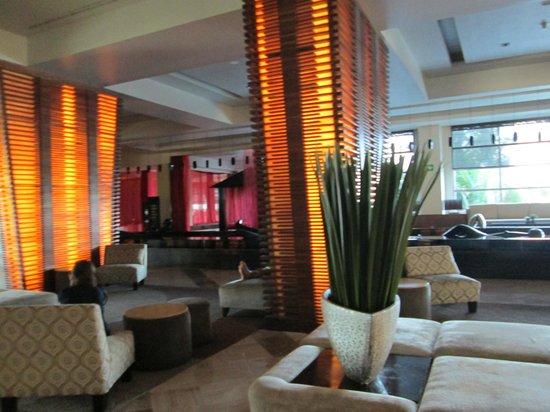 ME Cancun : Lobby