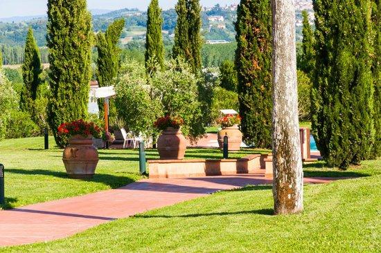 Agriturismo Santo Pietro : giardino