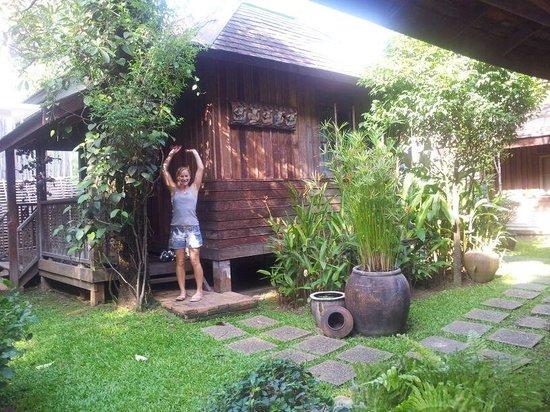 Tanita House: wooden hosuse