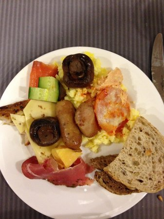 Park Plaza Amsterdam Airport: The breakfast buffet. And this was a very tiny portion of all the choices. Fabulous