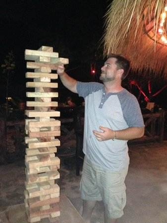 Lanta Castaway Beach Resort: Texas Jenga