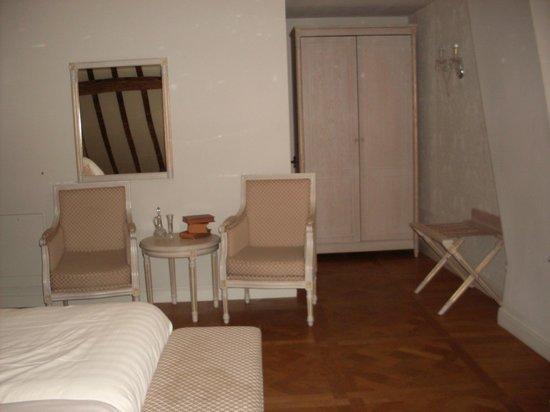 Hotel Bigarre: Chambre