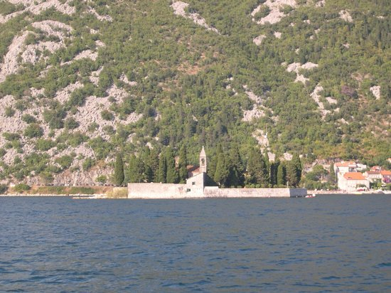 Our Lady of the Rocks: Остров Святого Георгия