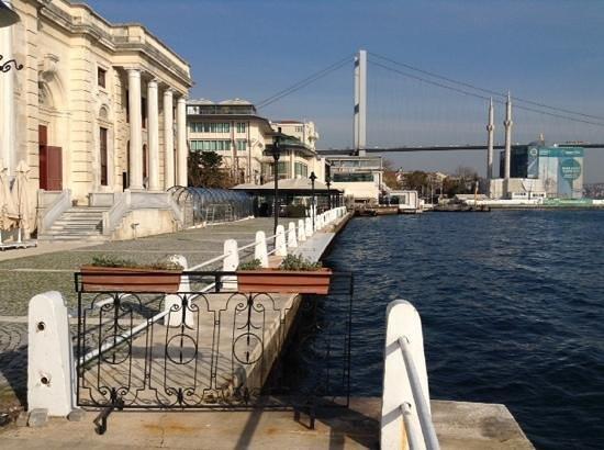 Feriye Palace: Feriye Lokantasi, another view