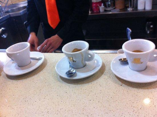 Antica Pasticceria Bristol: Caffè