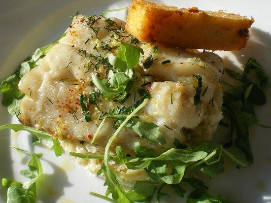 Prao : Lieu sur couscous de chou-fleur et frite de polenta