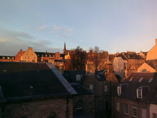 Travelodge Edinburgh Central : View from my room