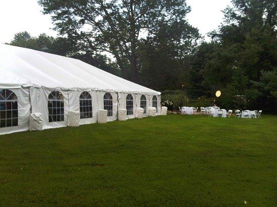 Stonecroft Country Inn : Tented Wedding