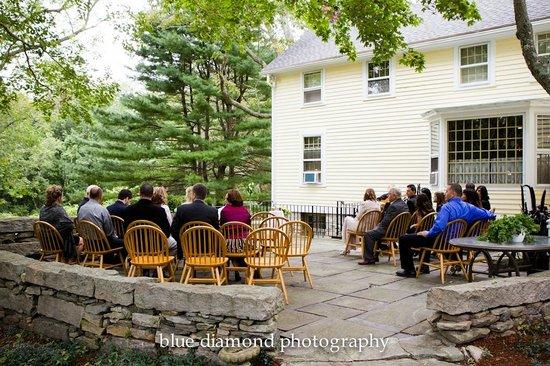 Stonecroft Country Inn : 1807 House Wedding