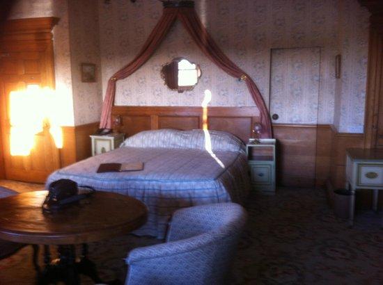 Ednam House: door to left is bathroom with saniflo loo
