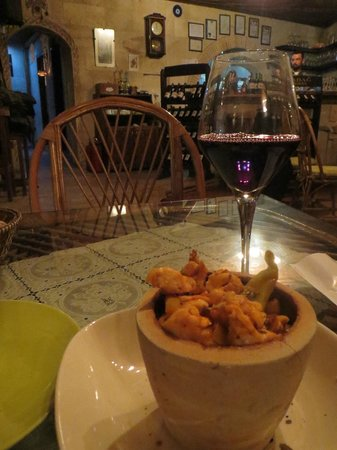 Manzara Restaurant: Yummy Food and Great Local Wine