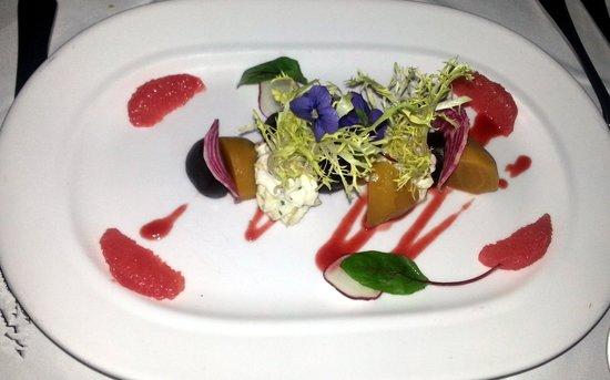 Goodstone Restaurant: Roasted Beet Salad