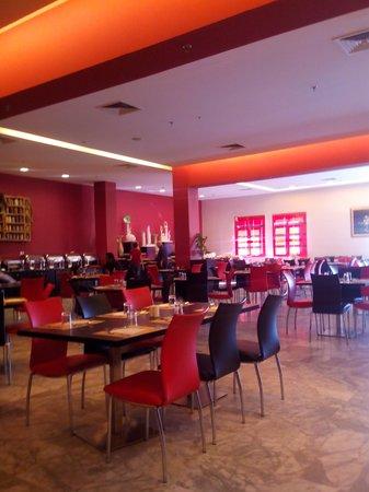 Amman Airport Hotel: le restaurant