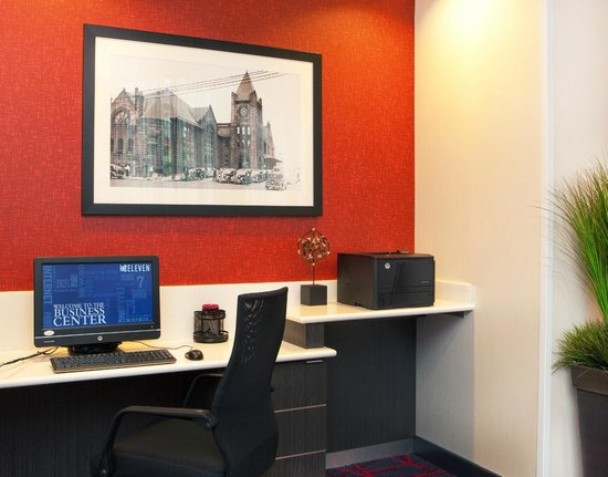 Residence Inn Syracuse Downtown at Armory Square: 24-Hour Business Center