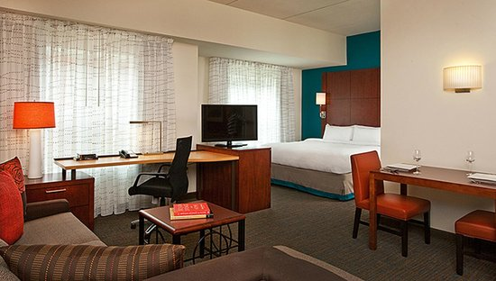 Residence Inn Syracuse Downtown at Armory Square: Studio Suite