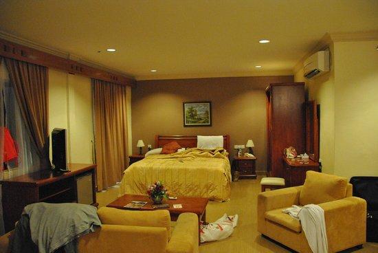 Bella Vista Waterfront Resort & Spa Langkawi: Room