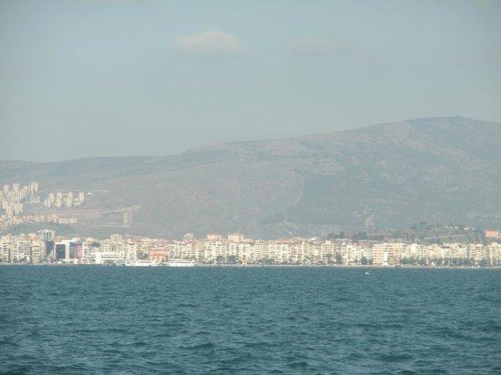 Movenpick Hotel Izmir : aan het water
