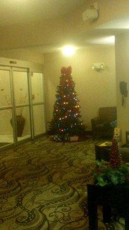 Baymont Inn & Suites Bartonsville Poconos : lobby