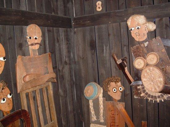 The Settlement Center: Egil's father, Egil and his nursemaid