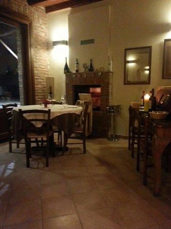 Osteria Antico Borgo: Saletta intima