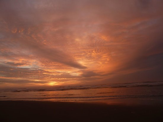 Driftwood Shores Resort & Conference Center: Sunset on Haceta Beach, Florence, Oregon
