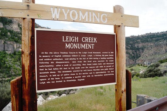 US Highway 16: Leigh Creek Monument sign